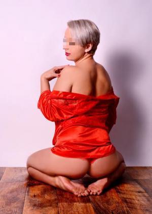 suche frauen ab 45 erotische massage bielefeld